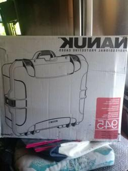 Nanuk945 Case with Dividers