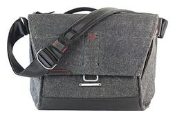 Peak Design - Small Everyday Messenger Bag - Charcoal 13