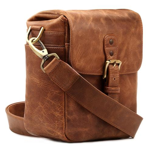 MegaGear Genuine Leather Camera Messenger Bag for Mirrorless