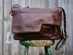 "compagnon  ""the medium messenger"" Leather Camera Bag"